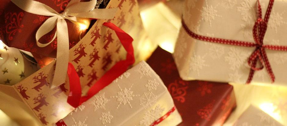 Keramik Geschenke online bestellen, Lieferung vor Weihnachten. Geschenkverpackung und Geschenkgutscheine möglich