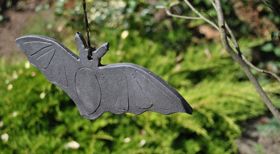 Keramik-Fledermaus Halloween Herbst Gartenkeramik