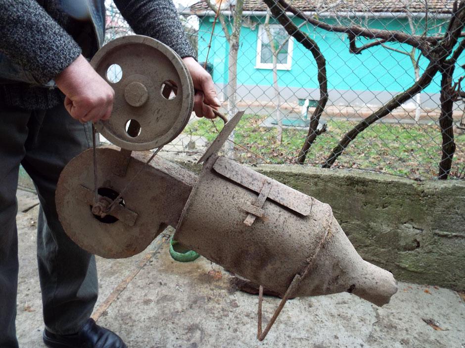 Schweinebrennmaschine zum absengen (abflammen) der Borsten.
