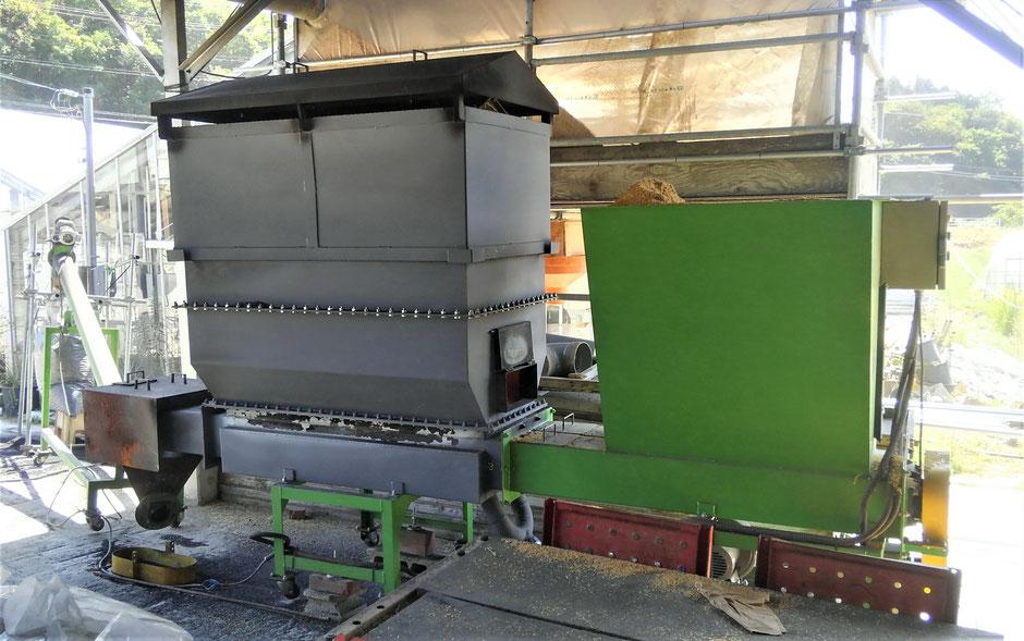 格安なくん炭連続製造機をご紹介するページです。