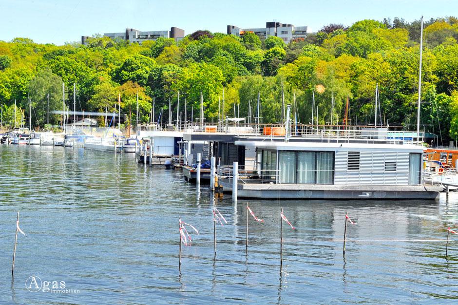 Hausboote, Berlin, Brandenburg, Schwimmhaus, Wohnschiff, Agas Immobilien, Makler