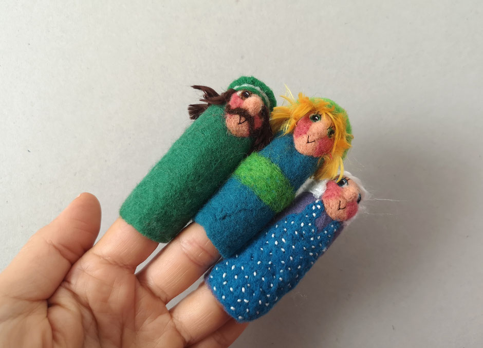 handgefilzte Fingerpuppen von Faserverbund, Polizist, Seppel, Großmutter, für Kaspertheater