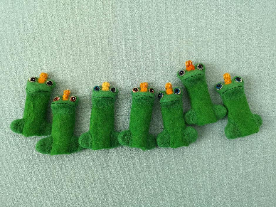 Froschkönig Fingerpuppen, handgefilzt aus 100% Wolle, von Faserverbund