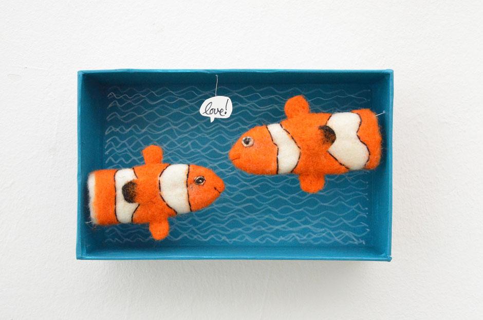 handgefilzte Fingerpuppen von Faserverbund, Clownfische, 100% Wolle