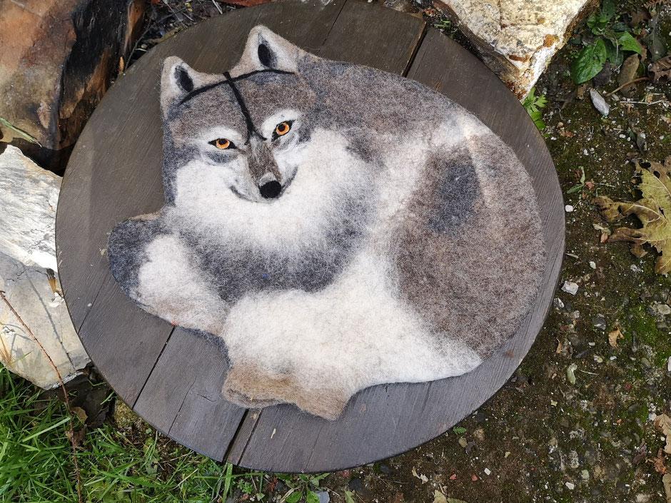 handgefilztes Kissen von Faserverbund, Wolf, 100% Wolle, Füllung: Kapokfaser