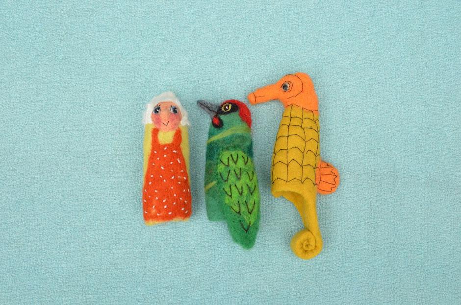 Fingerpuppen von Faserverbund, Oma, Grünspecht, Seepferdchen