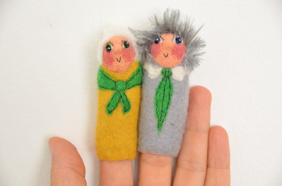 handgefilzte Fingerpuppen aus Wolle, von Faserverbund Stuttgart, Oma und Opa, für Fingerpuppentheater
