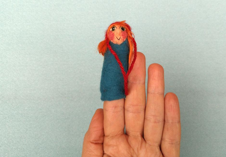 handgefilzte Fingerpuppe von Faserverbund, Rotkäppchen, 100% Wolle
