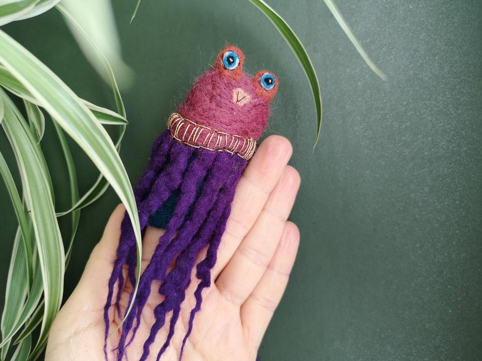 handgefilzte Fingerpuppe ,lila Octopus, 100% Wolle