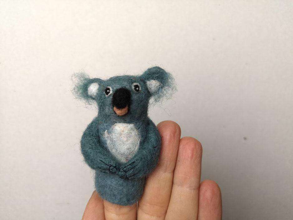 Koalabär Fingerpuppe aus Wolle