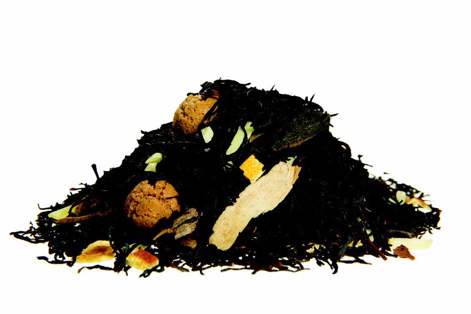 Schwarzer Tee / Amarettinizauber - mit Amarettiniplätzchen und Mandeln