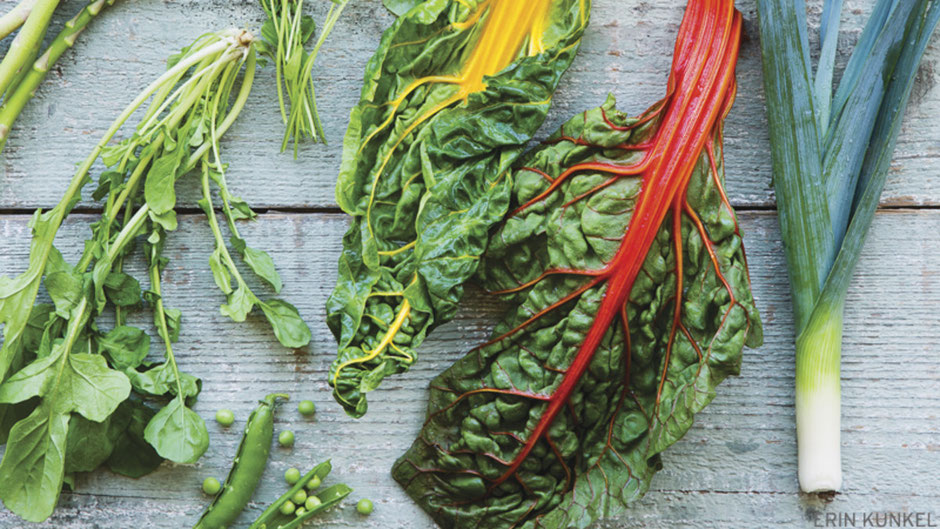 Whether you're vegan, vegetarian, pescatarian, omnivore, keto, paleo or even largely carnivorous you can't beat the antioxidant benefits of leafy green veggies