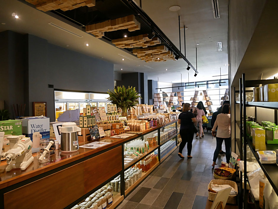 The Real Food Café Orchard store with organic veggies and some organic household products