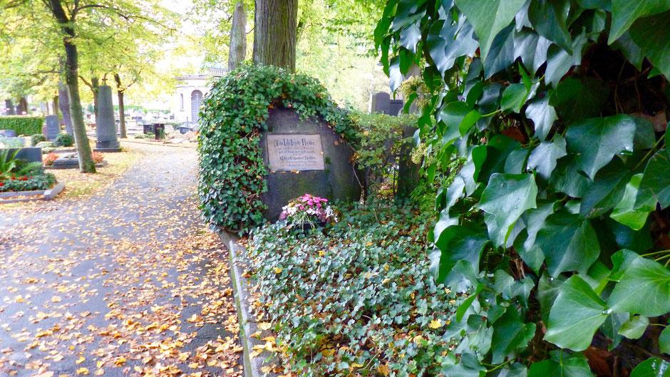 Jean Pauls und seines Sohnes Max Grab auf dem Stadtfriedhof in Bayreuth