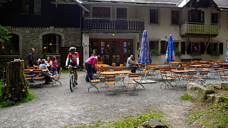 Auf dem Jean-Paul-Weg, das Waldsteinhaus - Einkehr am Großen Waldstein