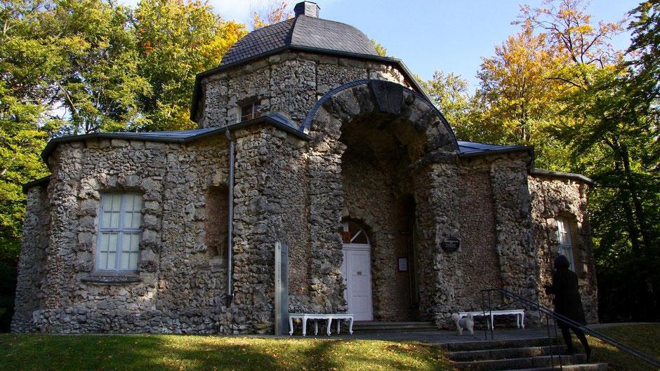 Schloss Sanspareil, so klitzeklein ist das.