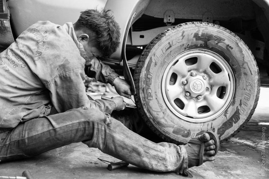Laos Platten Werkstatt Reparatur Reifen