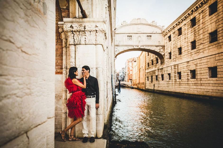 Italy-Honeymoon-Photographer