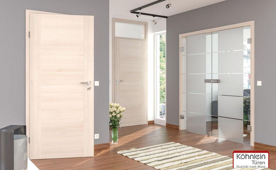 Zimmertür aus hellem Holz vom Schreiner maßgefertigt