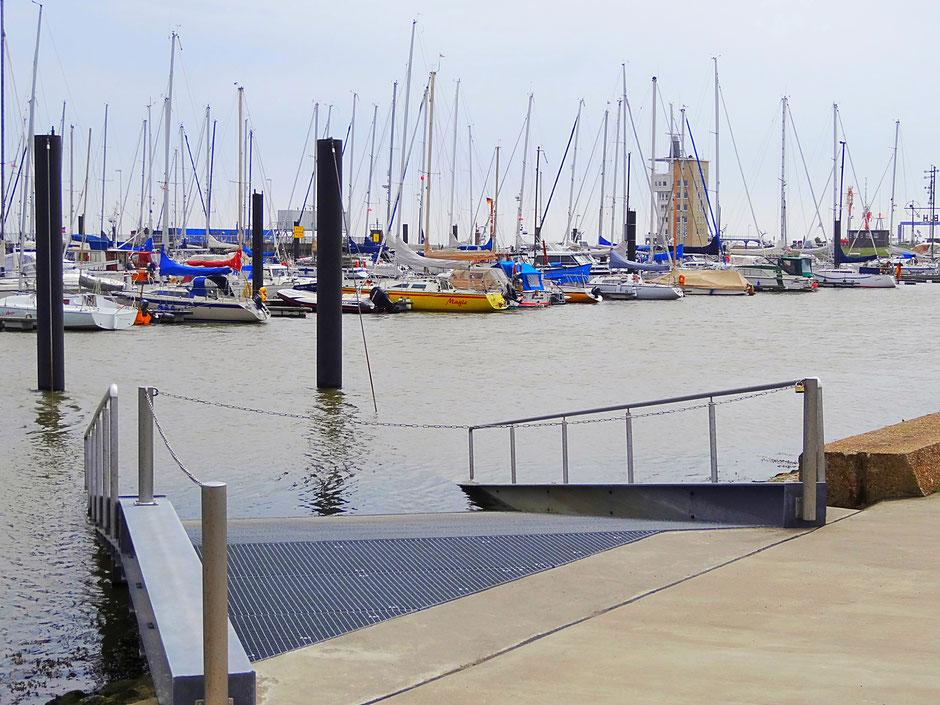 Der Yachthafen in Cuxhaven