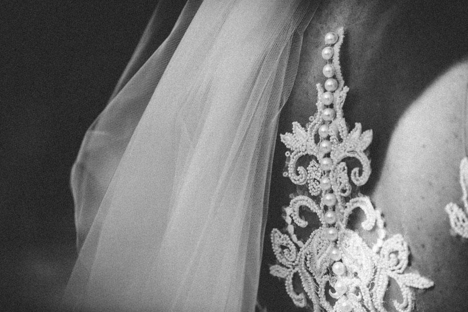 ROVA FineArt artistic Wedding Photography - Hochzeitsfotografie - destination wedding Mexico - bride details