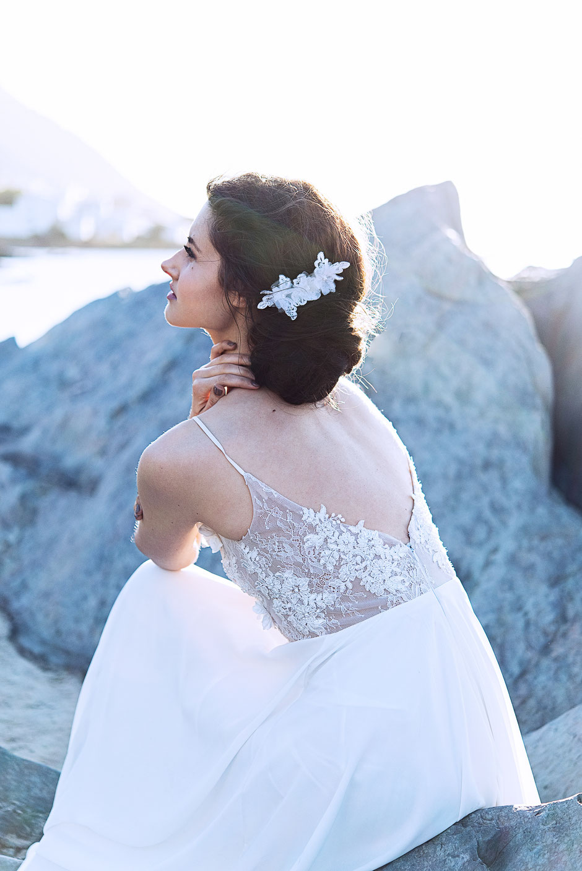 Fascinator aus Spitze. Brauthaarschmuck 2018 2019 - Bohemian Vintage Kopfschmuck in Ivory. Spitzen Haarschmuck. Lace Headpiece wedding. Lace Fascinator for the boho look.