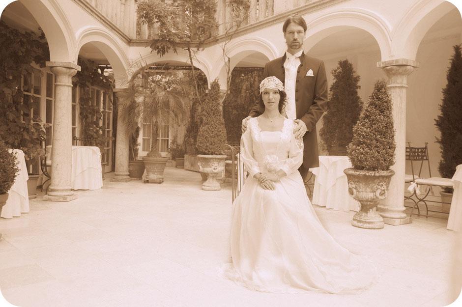 20er Jahre Vintage Hochzeit mit Haarschmuck aus Spitze 20ies Style Braut mit Braut-Cap 20er Brauthaarschmuck Kopfschmuck