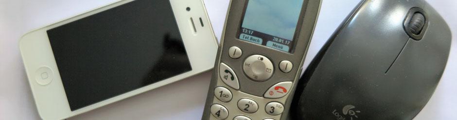 Unsere Kommunikationskanäle sind offen, Telefon, SMS oder Mail.