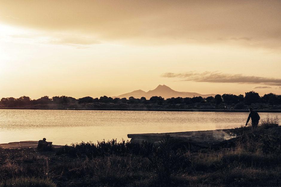 Sonnenaufgang über der See von Tunis