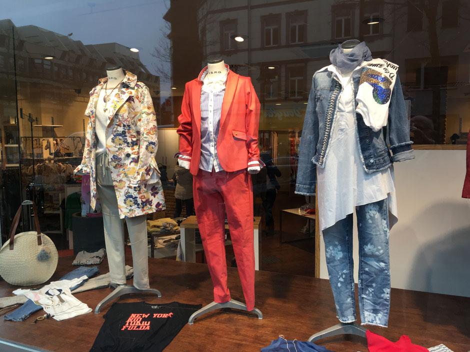 Schaufenster Fulda Fashion testoni Mode Aktionen Neue kollektion