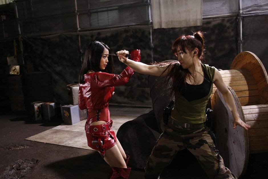 Mit Messern ist Cyborgine Mylene (Mayuko Iwasa) nicht beizukommen