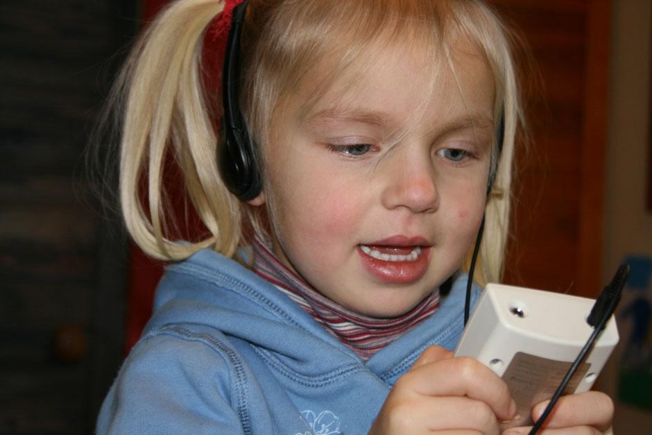 Ich verstehe mein Kind nicht. Hilfe bei Praxis für Logopädie Bornhöved Angela Köstel-Hegeler