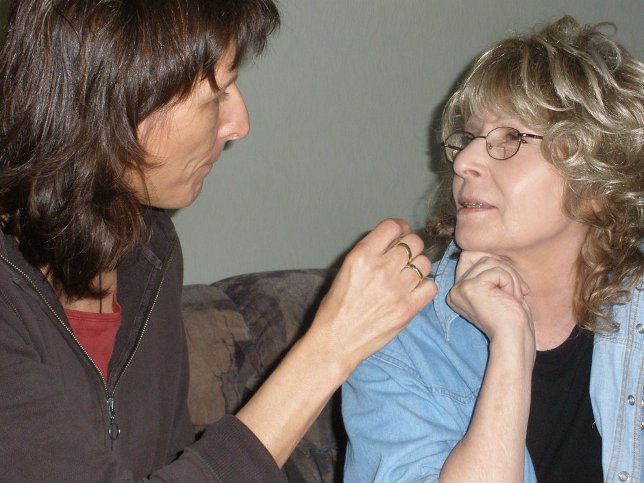 Sprechapraxie bei Erwachsenen nach Schlaganfall oder ein anderes neurologisches Ereignis stören das Sprechen, Praxis für Logopädie Angela Köstel-Hegeler
