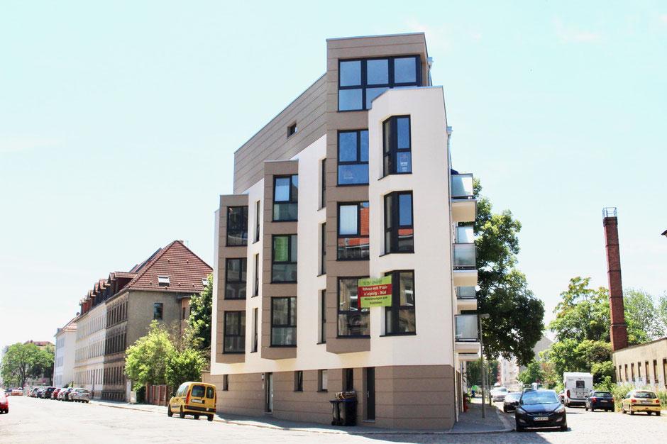 Mehrfamilienhaus Architektur   Erfolgreiche Ubergabe Globalimmobilie Mehrfamilienhaus In
