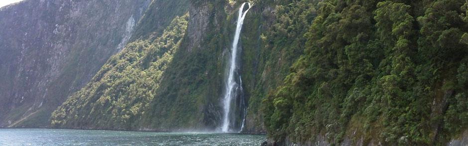 Milford Sound Wasserfall