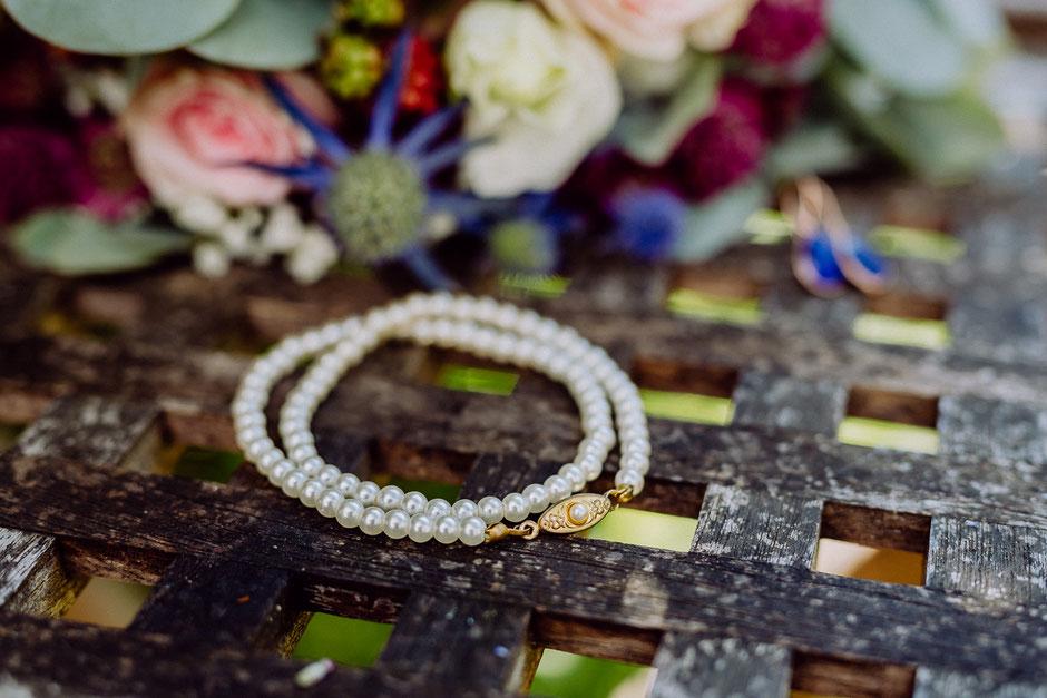Brautschmuck Armband mit Brautstrauss