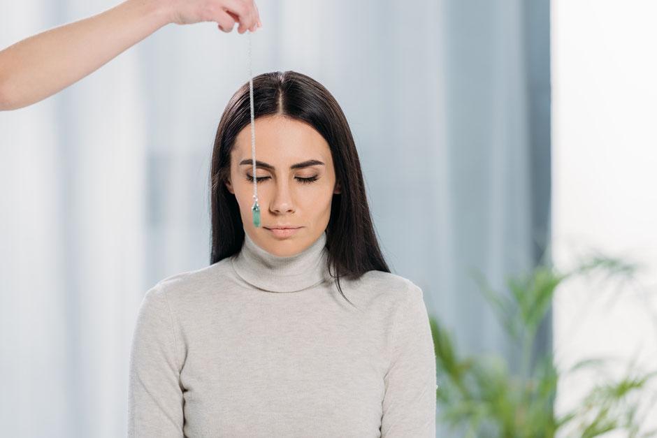 HYPNOSAN Hypnose mit Pendel
