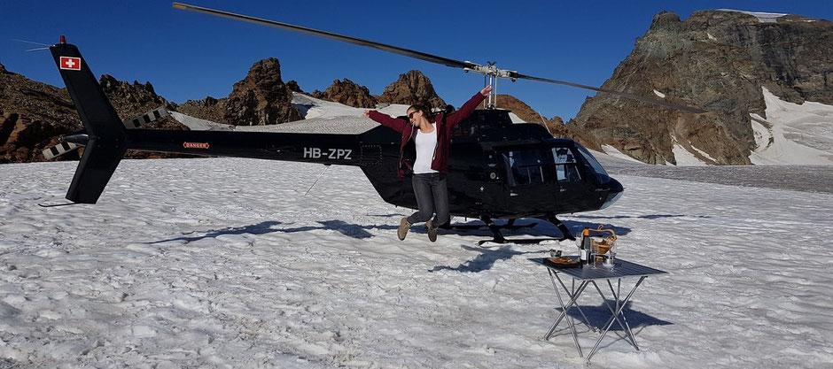 Helikopterflug Zentralschweiz, Bell 206 Jet Ranger, HB-ZPZ, Alpenrundflug mit Gletscherlandung, Alpenflug, Petersgrat