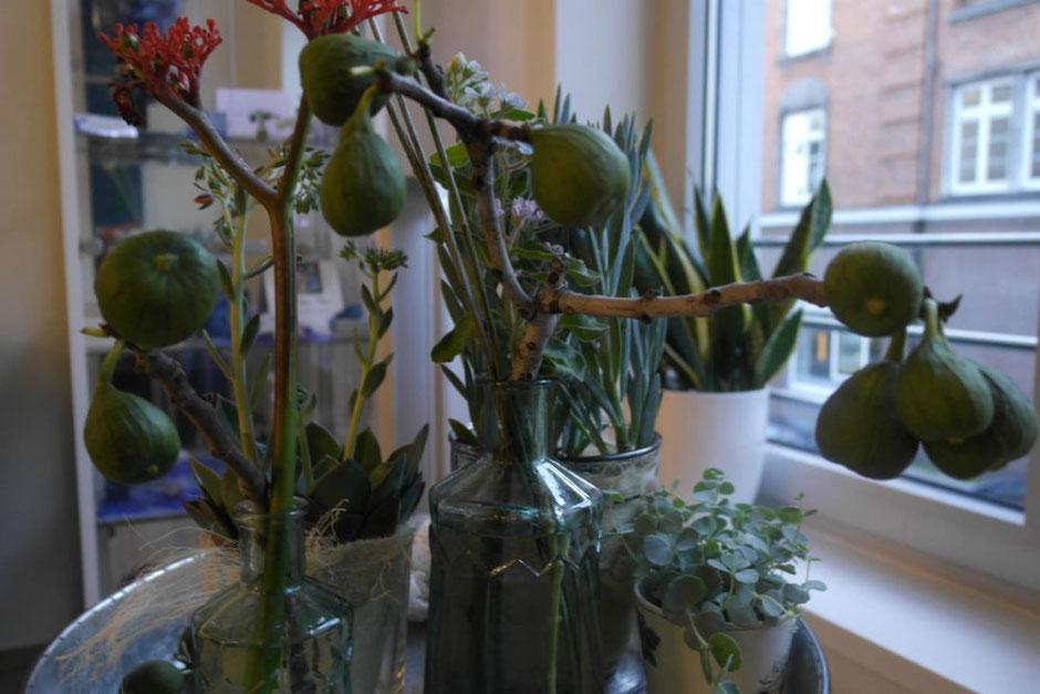 Unsere Sommer-Blumen-Dekoration in der Lounge Juni 2017