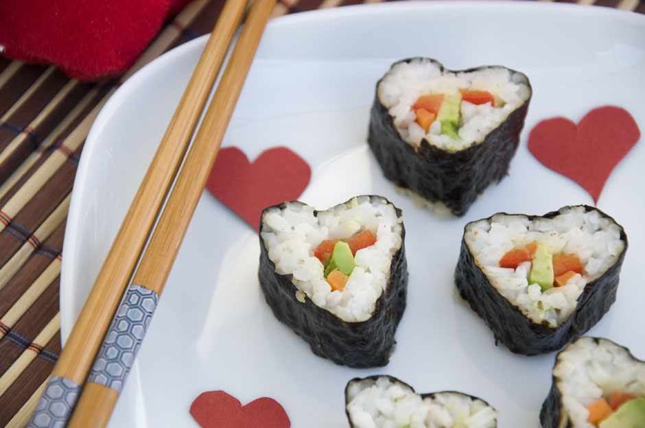 Sushi in Herzform vegan
