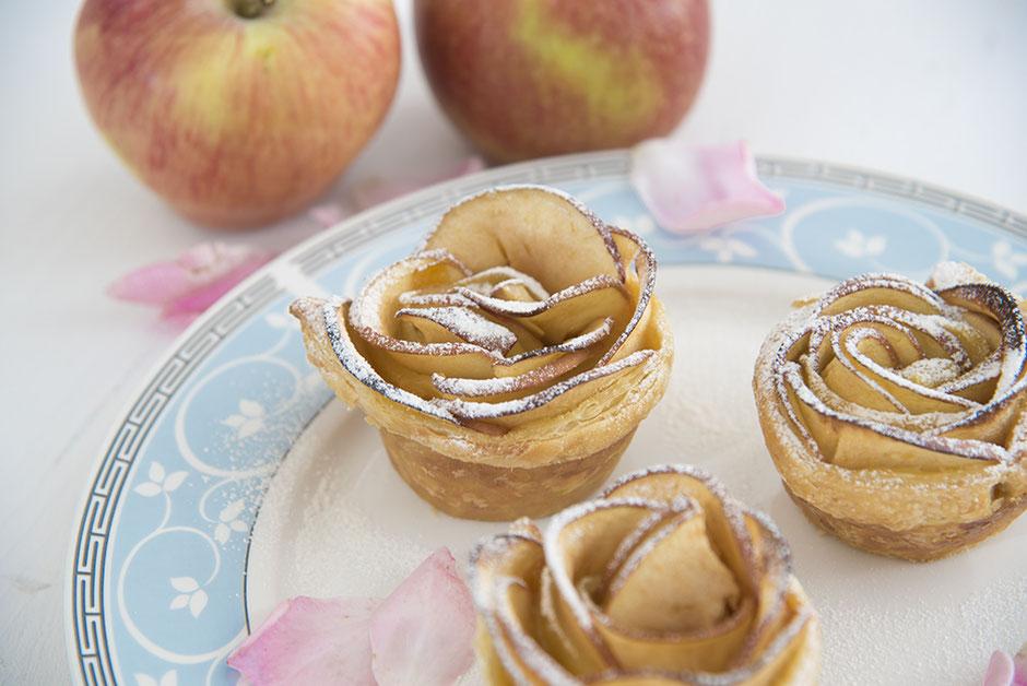 Apfelrosen in Blätterteig, vegan