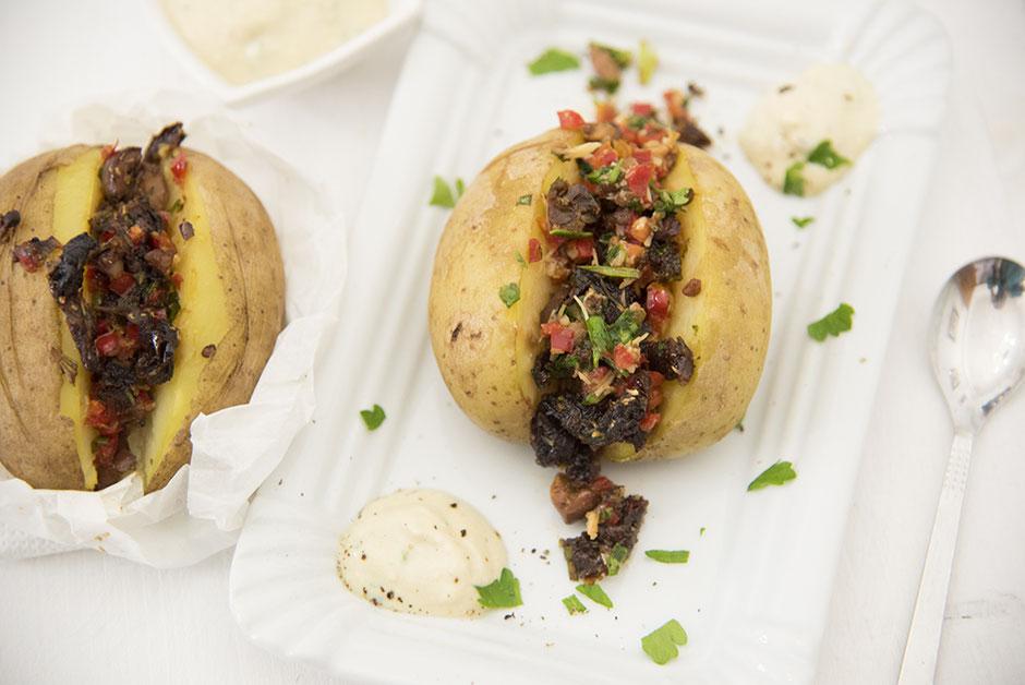 Gefüllte Ofenkartoffeln vegan