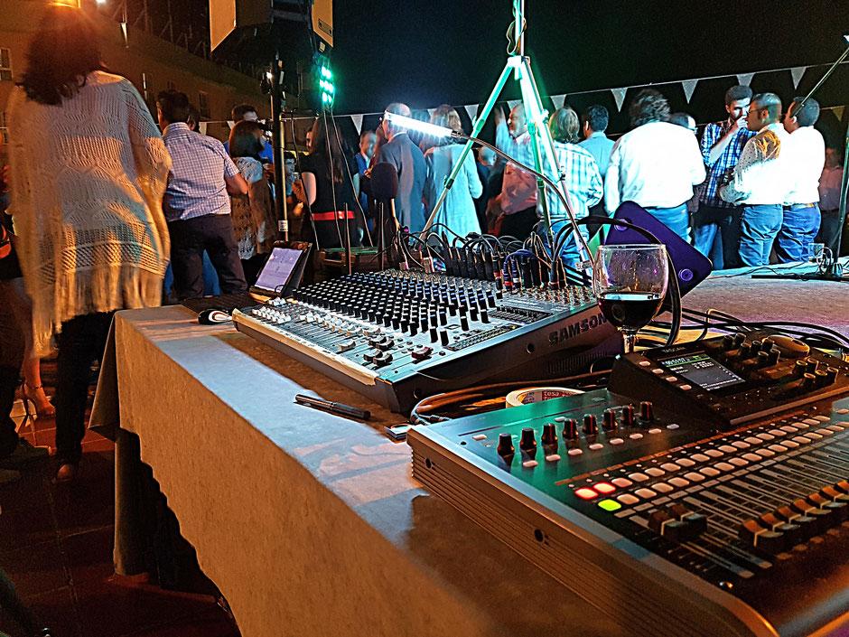 sonido y luces para grupos, cantantes, bandas, flamenkitos