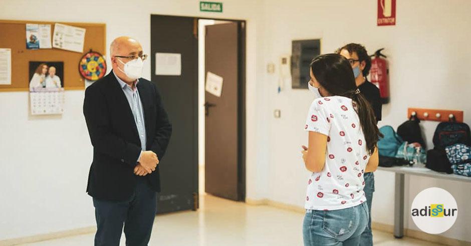 Visita del Presidente del Cabildo de Gran Canaria nuestro centro de Vecindario
