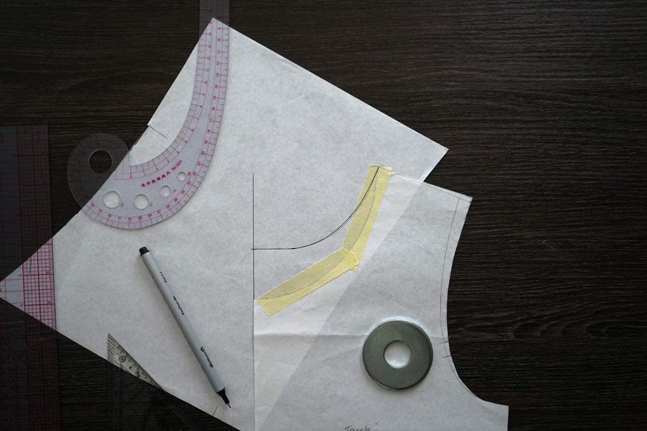ausschnitt-aendern-vergroessert-verkleinern-naehen-anleitung