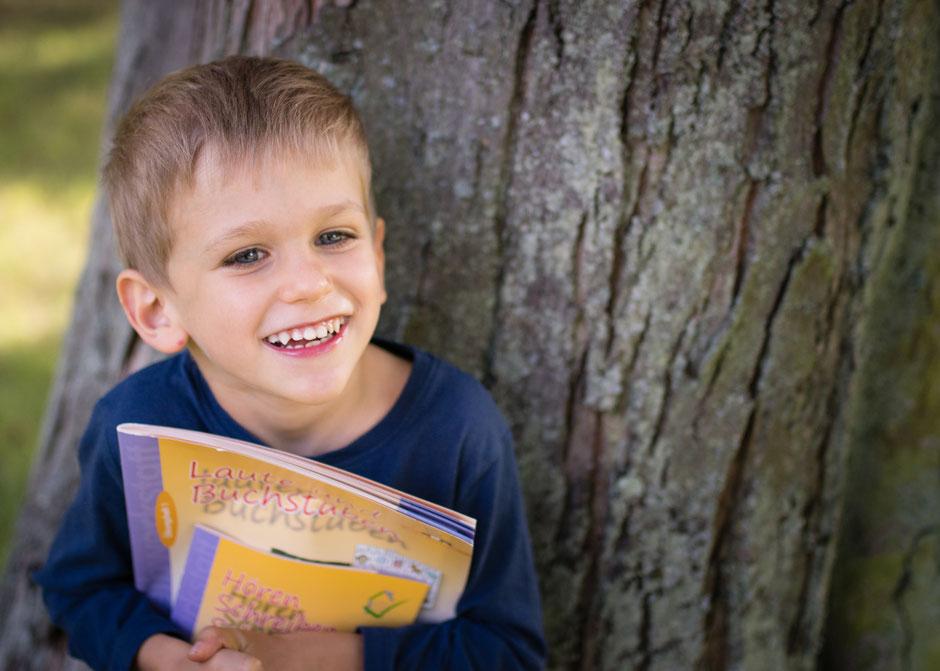 natürliche Fotos Einschulung, Bilder Schulbeginn Saarland, Fotos Kinder Schulstart Saarland,