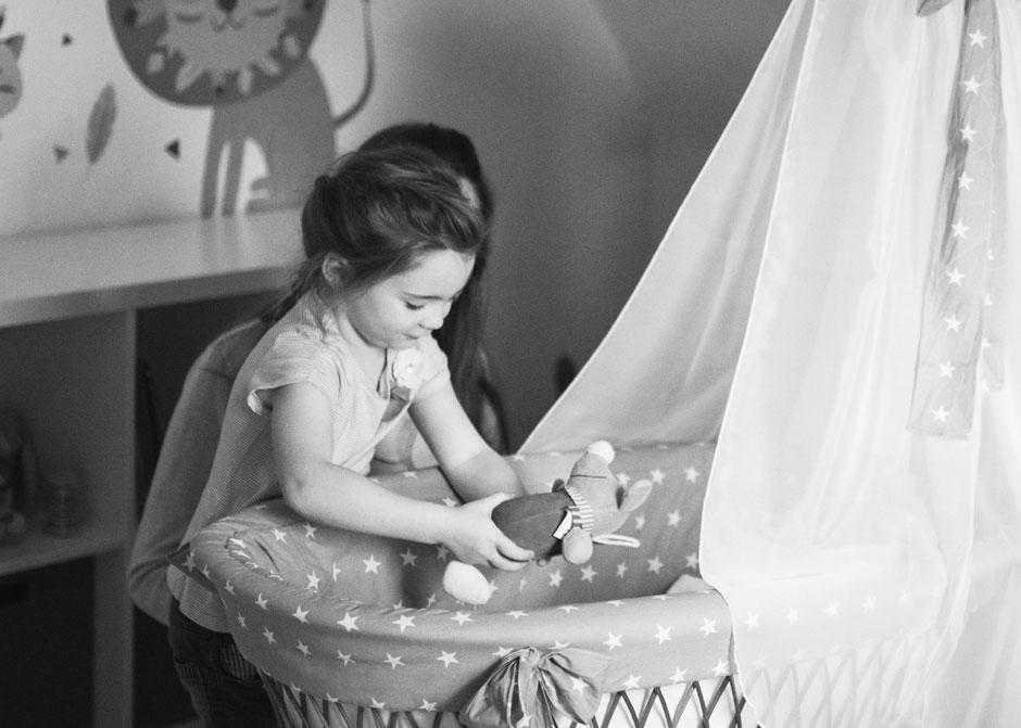 natürliche Babybauchbilder Saarland, Babybauchshooting Saarlouis Fotografie Corinna Mamok, Babybauchfotos Neunkirchen