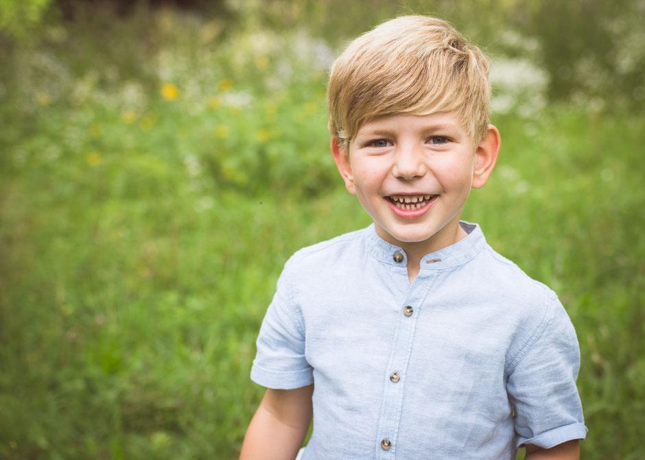 Fotografie Corinna Mamok, natürliche und authentische Kinderfotos Saarland, Fotograf Saarbrücken, Fotograf Saarland