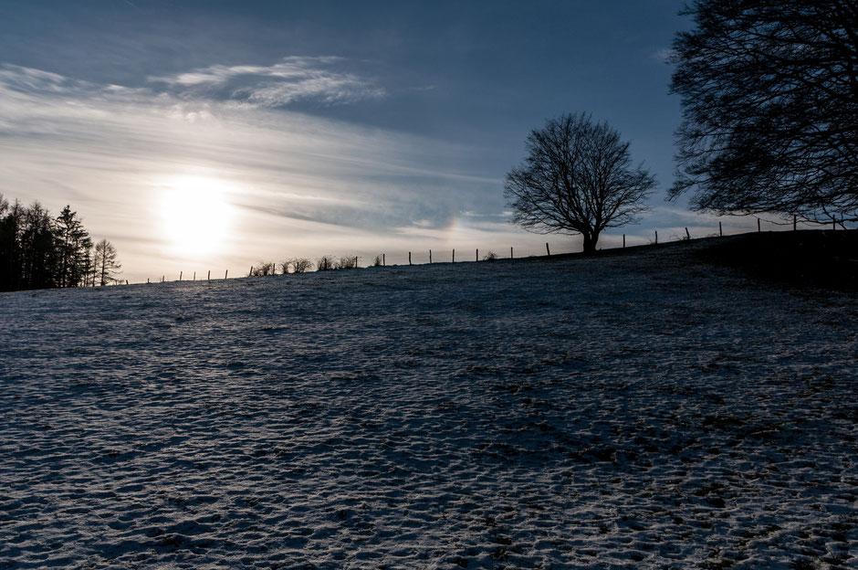 Ein Kälteeinbruch. Aber im März nimmt die Wanderlust wieder zu. Also warm angezogen und raus. Dran denken: Es wird immer noch früh dunkel!