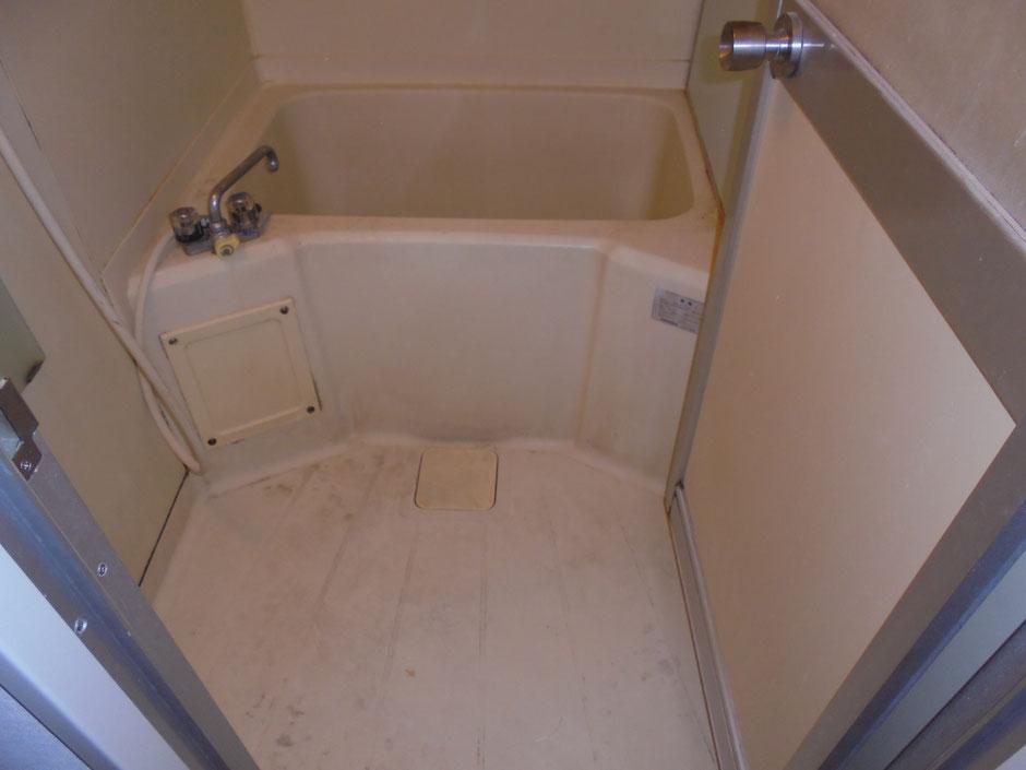 浴槽塗装前